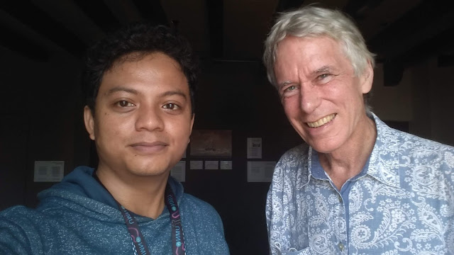berswafoto dengan Peter Carey untuk liputan majalah National Geographic Indonesia