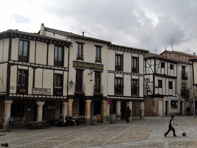 Plaza de Covarrubias en Burgos