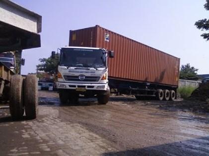 truk kontainer hino yang tangguh