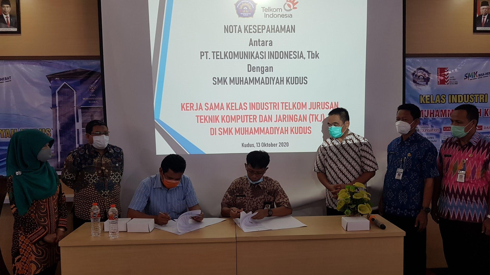 Gandeng PT Telkom Indonesia, SMK Muhammadiyah Kudus Buka Kelas CoE