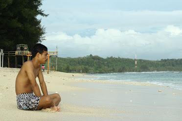keindahan pantai laguna