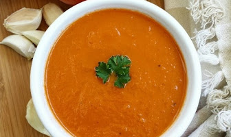INSTANT POT ROASTED TOMATO SOUP