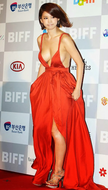 Oh In Hye 오인혜 Hot Red Carpet Dress Photos 05