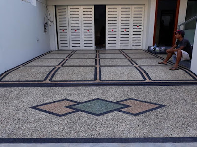 Model Lantai Carport Minimalis depan rumah
