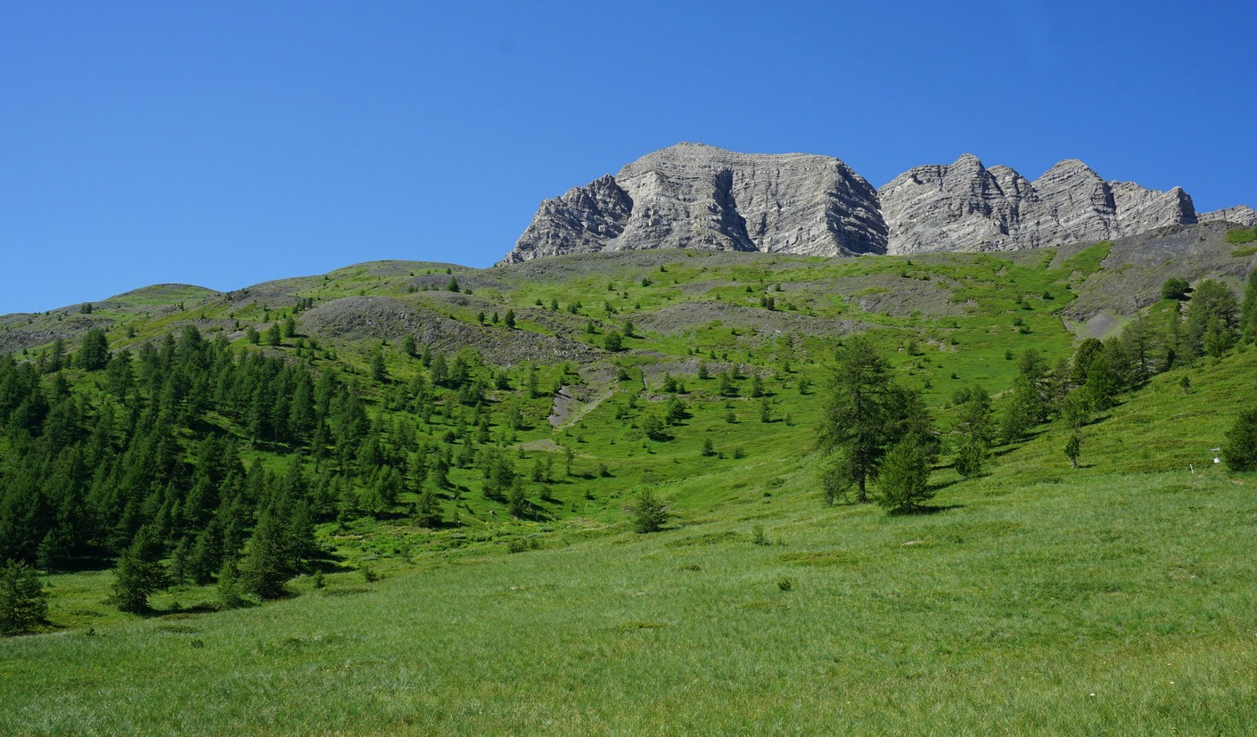 Eyssina Mountain Massif
