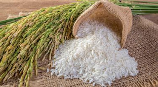 donasikan 3,4 ton beras untuk warga terdampak covid-19