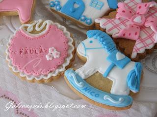 galletas bebé babero y balanciín