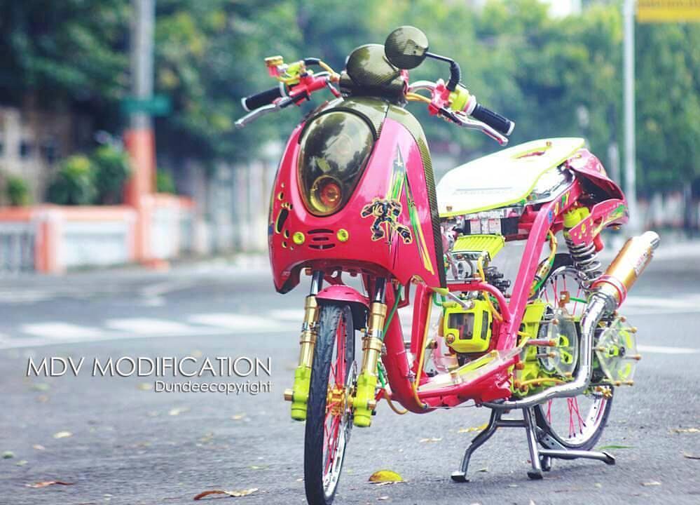 50 Foto Modifikasi Motor Scoopy Kontes Street Racing Terbaru