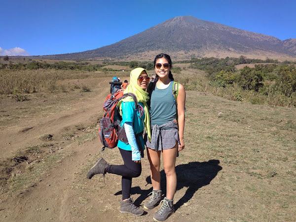 Rinjani Trekking 4D3N Full Trek (Via Sembalun)