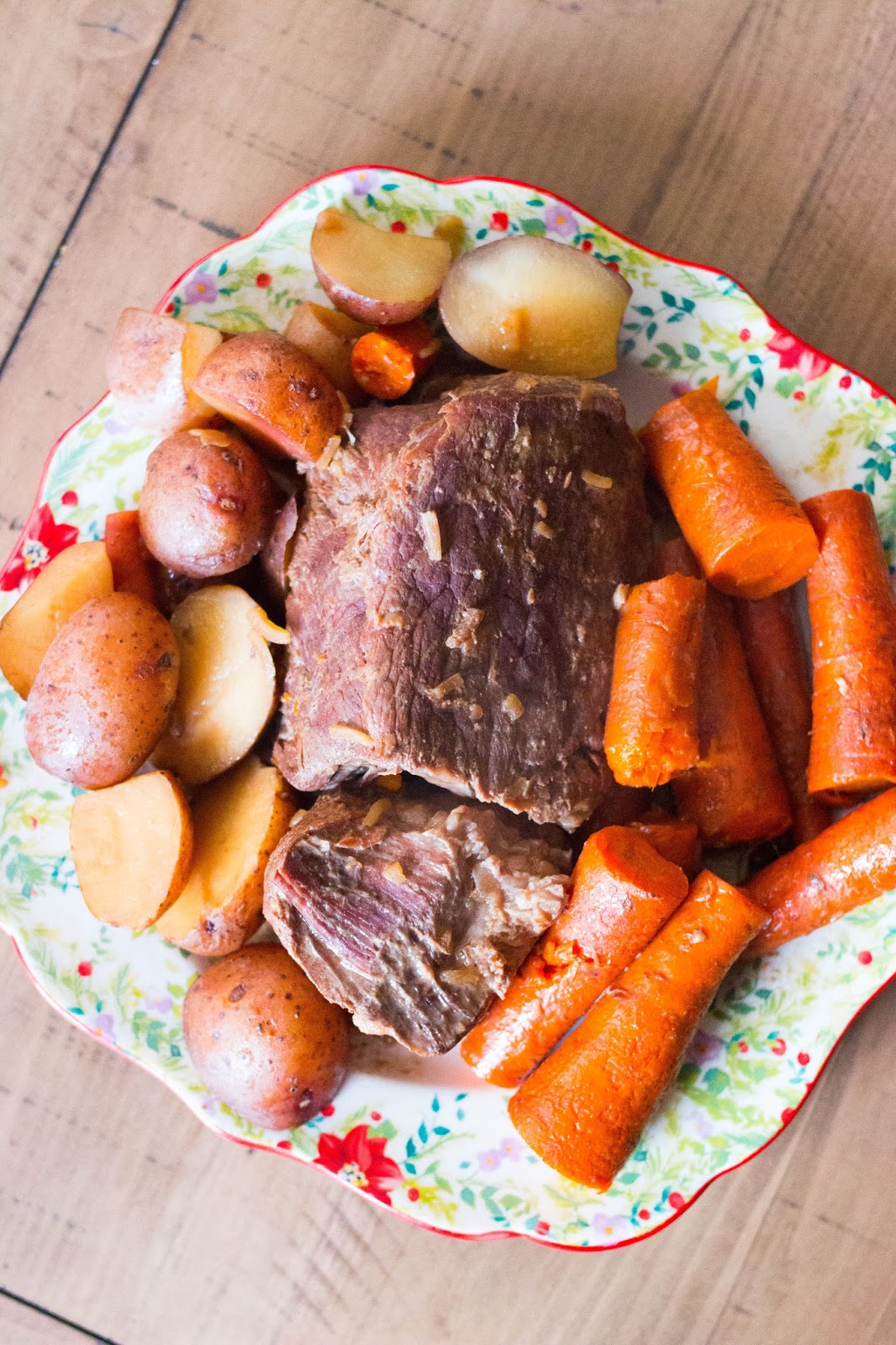 Best pot roast recipe slow cooker. Stove top pot roast recipe. Oven baked chuck roast recipe. Pot roast recipe instant pot. Quick church roast recipe. Juicy pot roast in oven. Campbells pot roast recipe oven. Chuck roast recipe slow cooker.