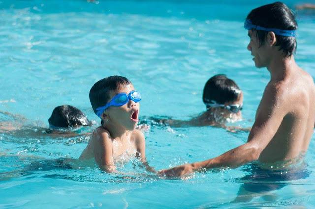 Dạy Bơi lội