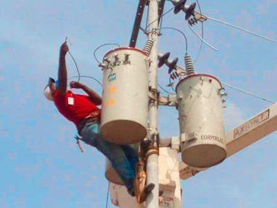 APURE: Instalaron transformador trifásico 220/440 en aduana principal de El Amparo en Apure