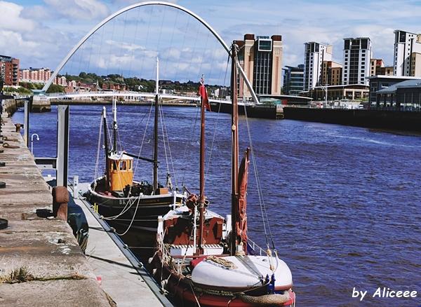 Quayside-Newcastle-plimbare