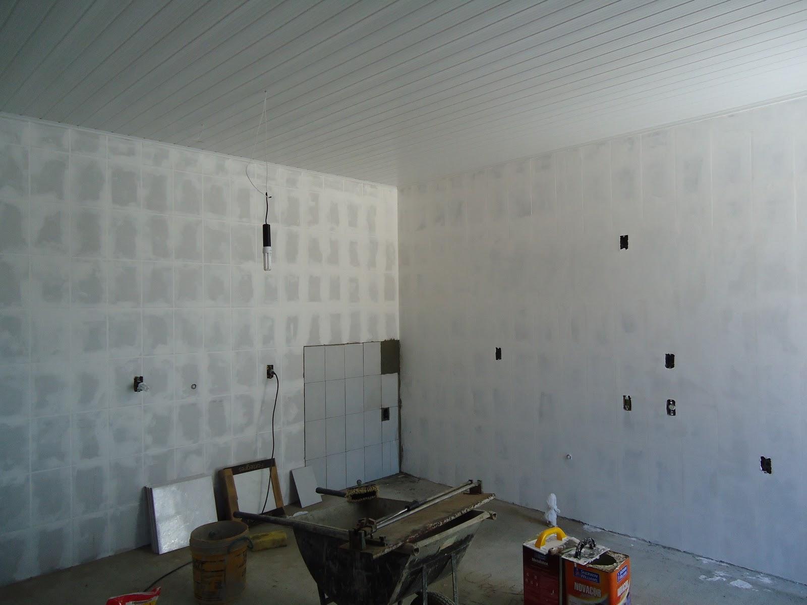 Blog luz design di rio de obra cobrindo o azulejo - Papel para azulejos de bano ...