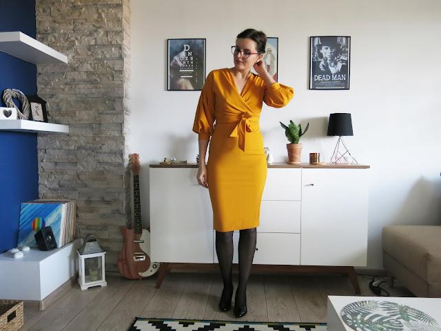 MUSZTARDOWA SUKIENKA | MUSTARD BELTED DRESS | FEMME LUXE