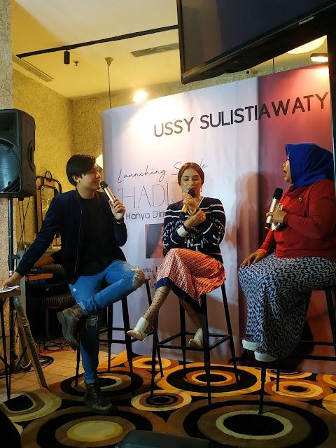 """HADIJA"""" Hanya Dirimu Saja Mengungkap Sisi Kreatif dan Kemandirian Ussy Sulistyawaty dalam Berkarya"""