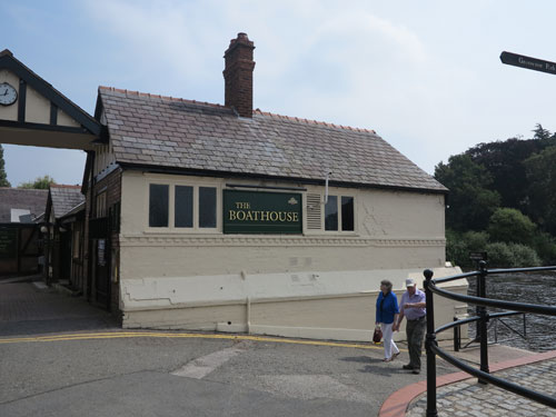 The Boathouse pub, Chester