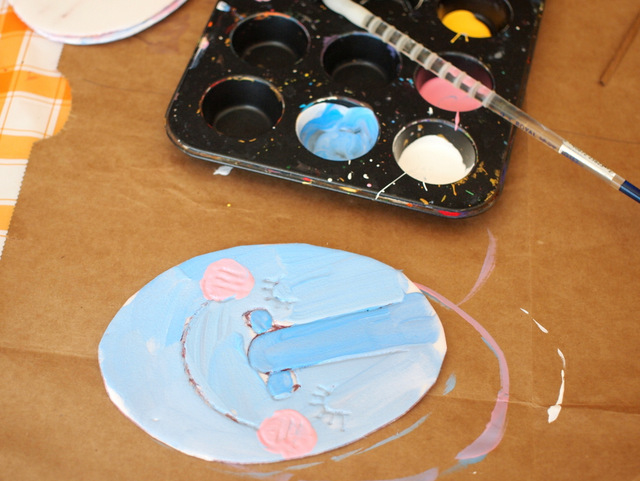 Make Easter Egg Prints with kids- fun holiday art project