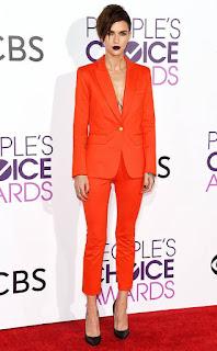 Imágenes Tendencias Moda Mujer Instagram Primavera Verano Total look naranja traje blazer pantalón
