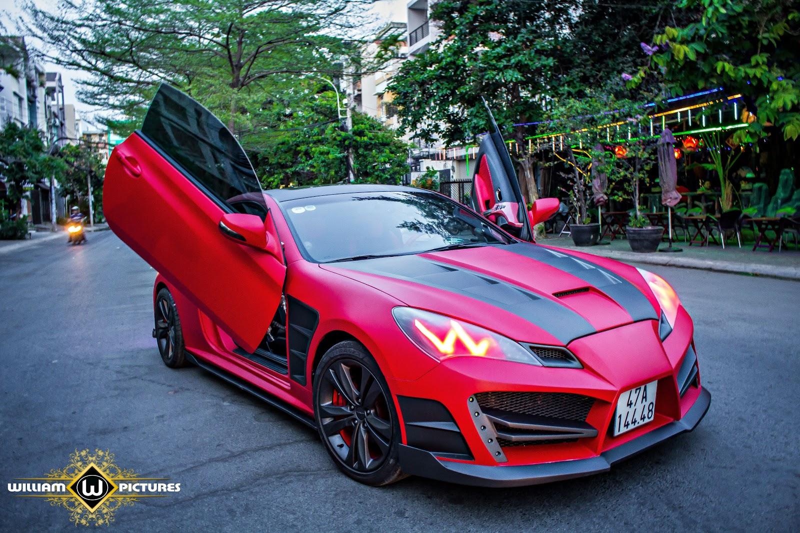 Hyundai Genesis Coupe độ đỏ đen hầm hố đã thay thế chiếc Genesis mỏng manh, gợi cảm ngày nào