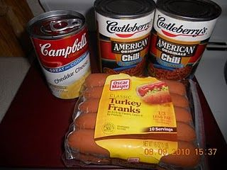 Crockpot Chili Dogs #recipe #chili #hotdogs #crockpot