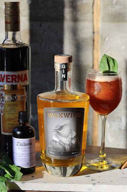 recette-cocktail,waxwing,gin-waxwing,gatineau,artist-in-residence,madame-gin,averna