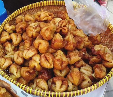 10 Kuliner Makanan Khas Bantul, Yogyakarta - Kue Tolpit / Kue Adrem