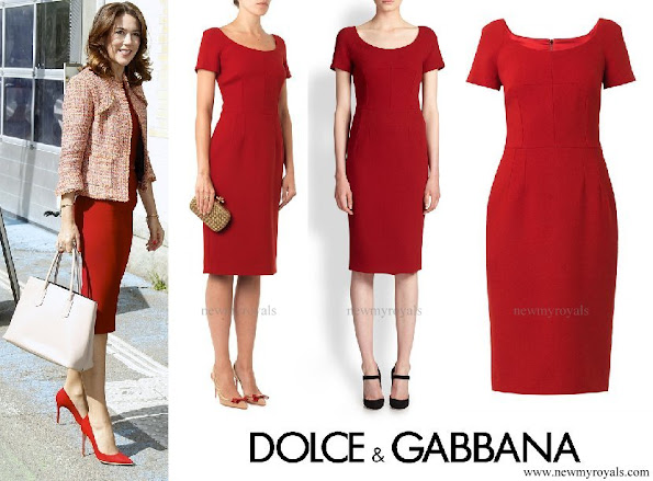 Crown Princess Mary wore Dolce and Gabbana red scoop-neck wool crepe dresss