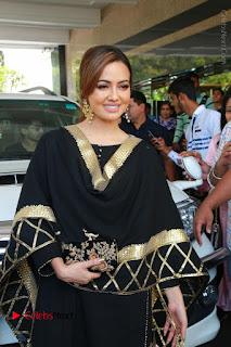 Bollywood Actress Sana Khan Launches Aakrithi Exibition  0049.JPG