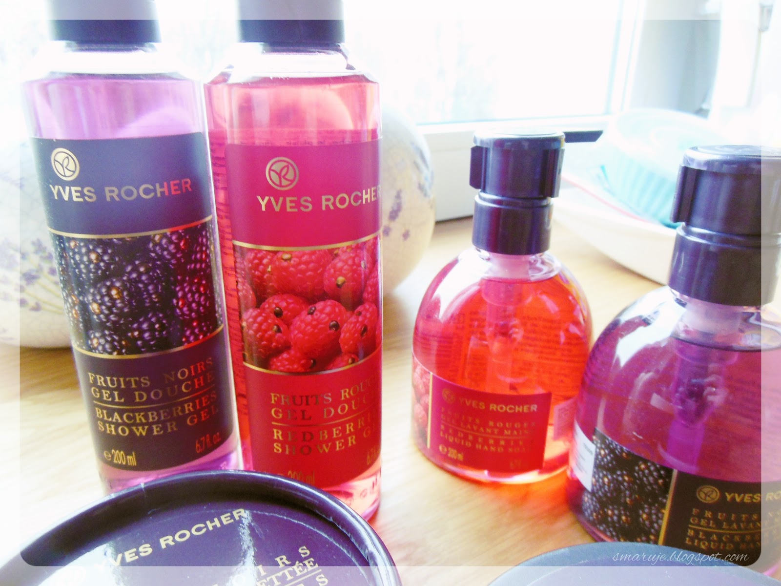 Przyjrzyjmy sięwspólnie kosmetykom Yves Rocher ze świątecznej edycji