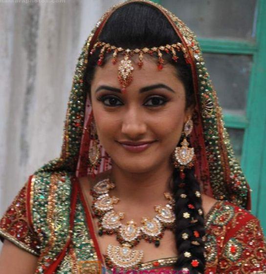 Ragini Khanna Cute Images