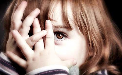 5 Tips Efektif Untuk Mengatasi Rasa Malu Pada Anak Anda