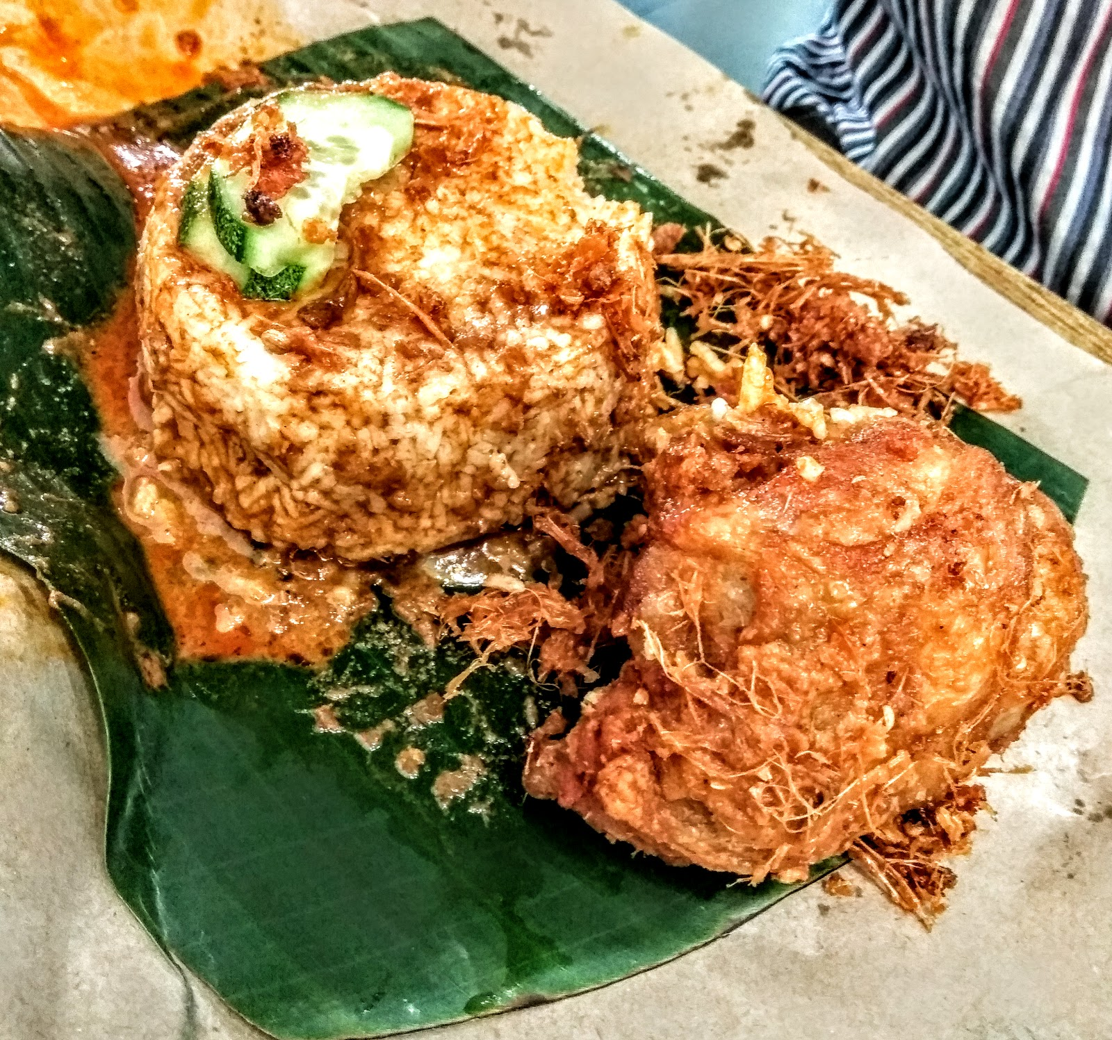 Clic Nasi Kukus Ayam Berempah Hands Up If You Are A Malaysian But S Fried En Because Most Likely Don T Exist P Look At How My Rice Was