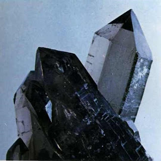 Mineral Kuarsa Jenis Amethyst