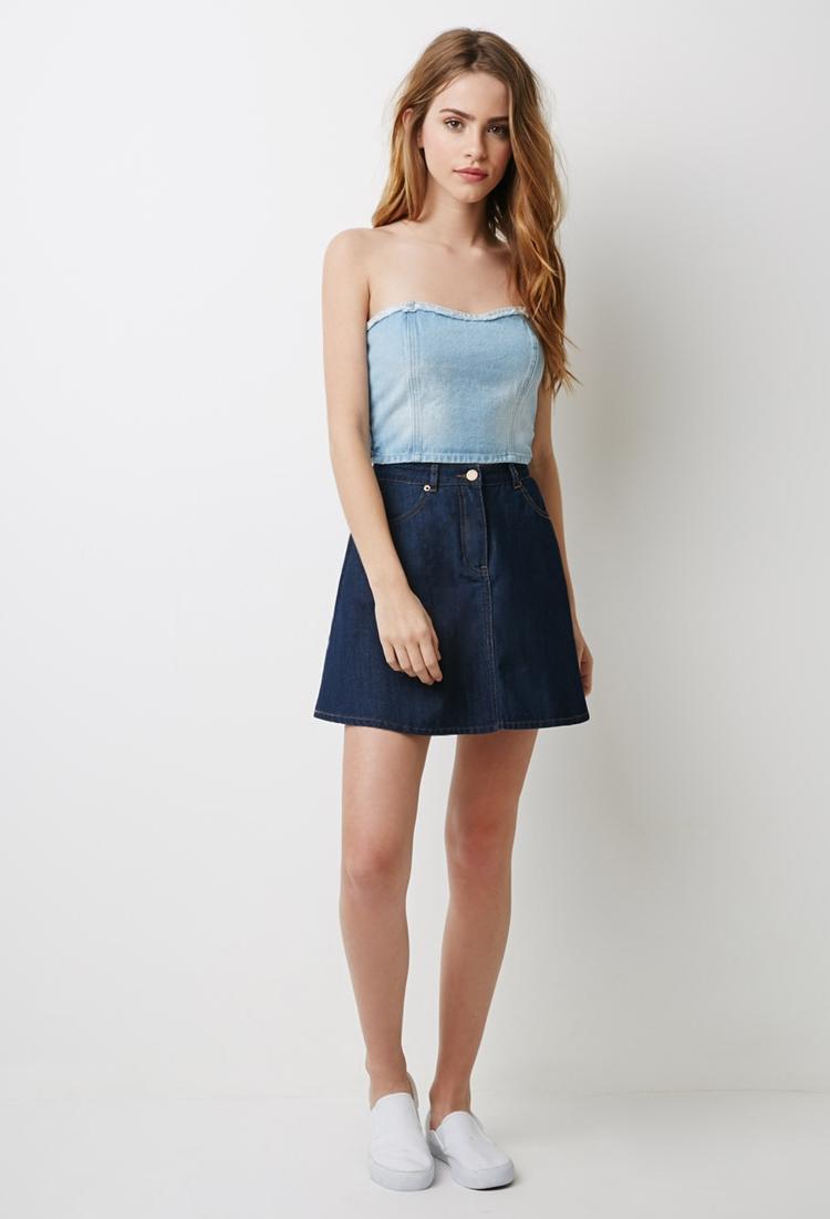 Sexy Girls In Mini Skirts