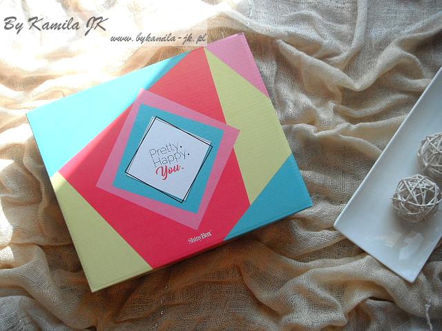 Shiny Box Pretty Happy You Edycja maj 2017 pudełko z kosmetykami
