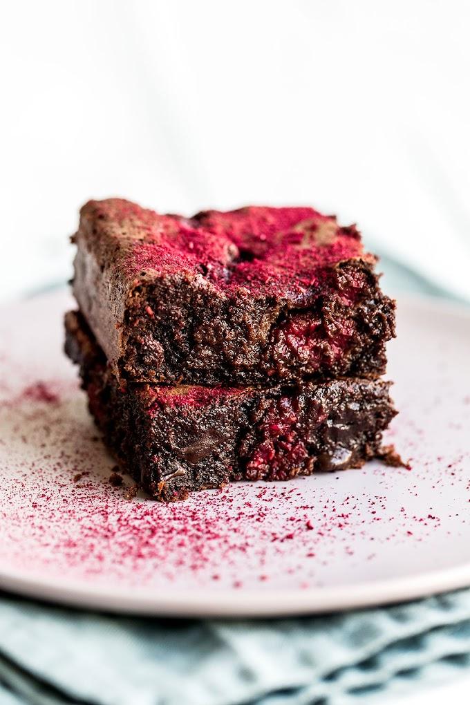 Raspberry Brownies!