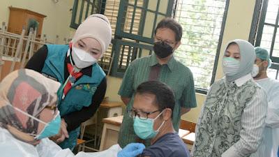 Vaksinasi, Alumni SMAN 5 Bandung Sediakan 1.000 Dosis Vaksin bagi Siswa dan Orang Tua