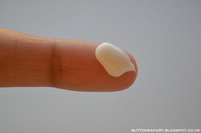 Review Face Cream Oily Lotus Skin