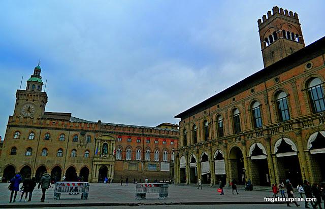 Bolonha, Itália - Palazzo Comunale e Piazza Maggiore