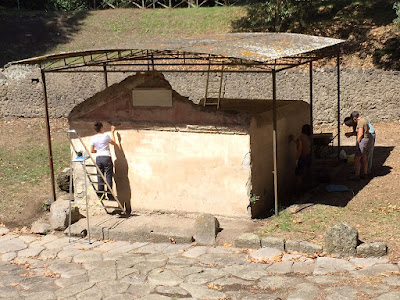 New discoveries at Pompeii's Porta Nola necropolis