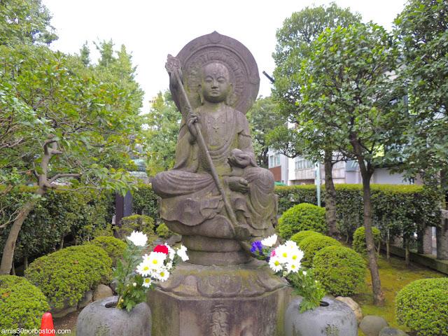 Estatua de Buda en el Templo Sensoji