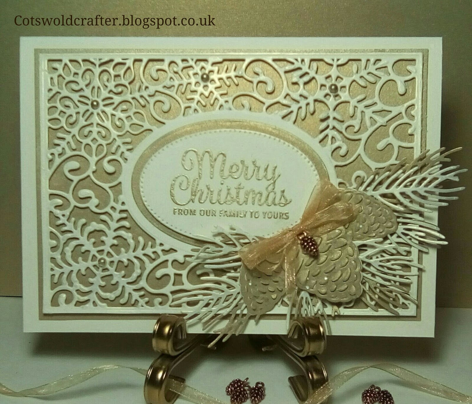 Cotswold Crafter: Another Christmas Card, Cream & Gold