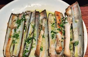 Razor clams with Garlic Salsa