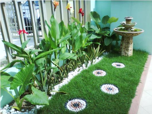 taman mini kecil tepi rumah