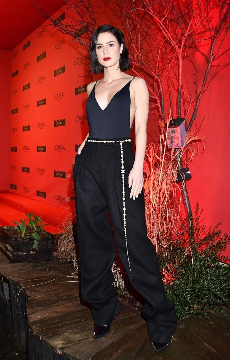Lena Meyer-Landrut Clicks at L'Oreal Paris Bar Room Launch 21 Feb-2020