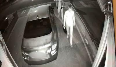 Pencuri Ambil Mobil Mewah dalam 60 Detik Berbekal Alat dari Web Gelap