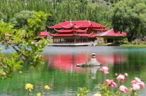 Toppest Beautiful and Attractive Places  In Gilgit Baltistan 2021
