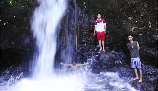 Curug Siwungkal Desa Purbo Kecamatan Bawang Kabupaten Batang
