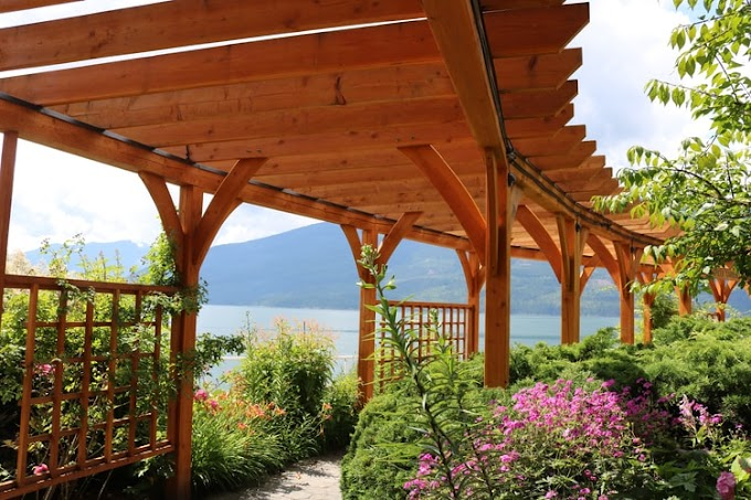 Pergola on Deck: Ideas to Create a Functional and Amazing Outdoor